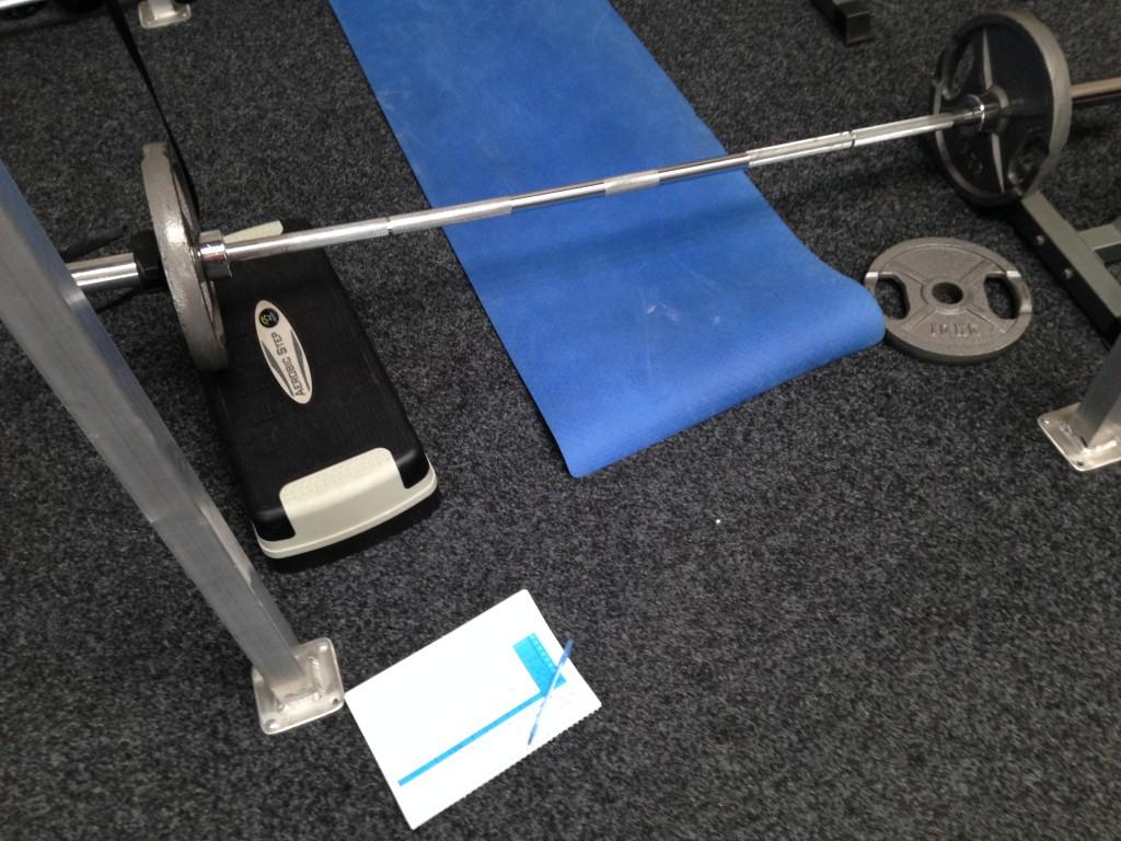 Weer een avondje in de gym: onder andere de Pelvic Lift van 50 kg staat op het program