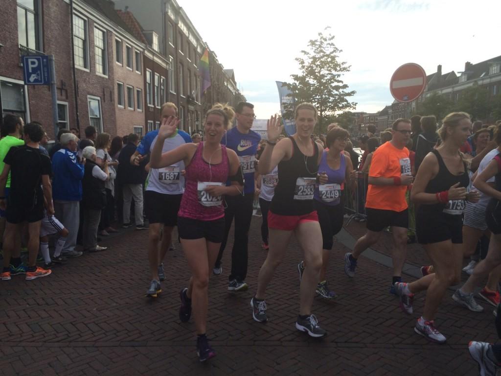 's Avonds doe ik mee aan de grachtenloop in Haarlem samen met Michelle, Niels & Tim